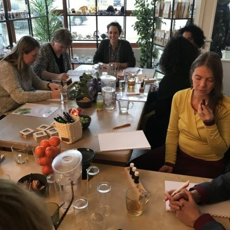 Workshop Werken met Geurfrequenties van januari 2018 in volle gang.